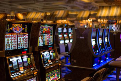 000 MGM Grand Slot machines fotolio